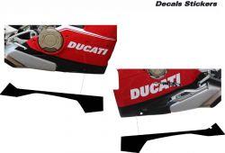 Aufkleber Set in Schwarz für die untere Verkleidung Ducati Panigale V4